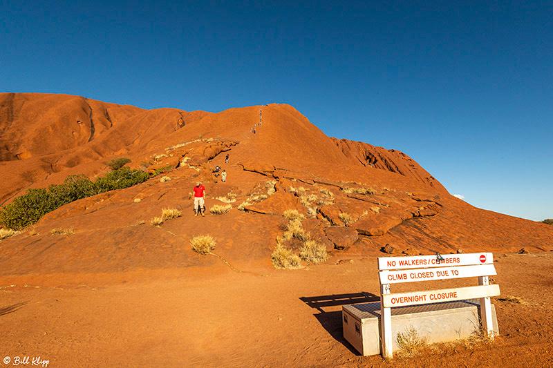 Longitude 131 Stars TL1, Ayers Rock, Uluru-Kata_Tjuta, Australia