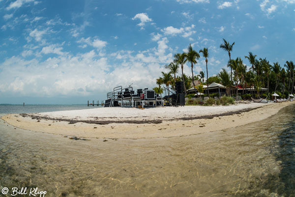 Little Palm Island Sand Bar concerts Photos by Bill Klipp