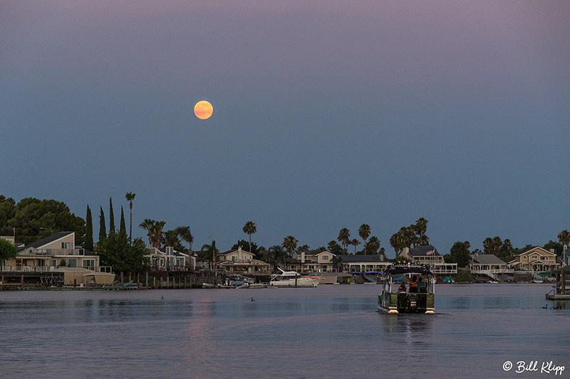 Full Moon Discovery Bay Photos by Bill Klipp