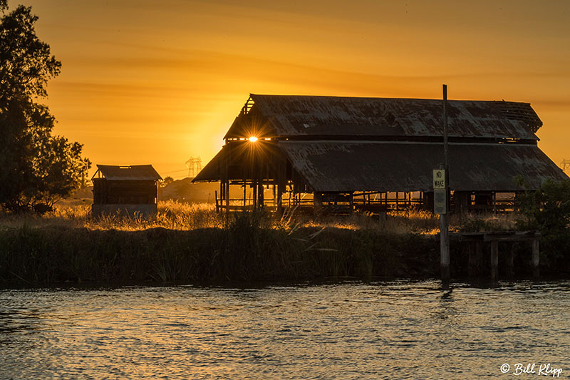 Sunset Discovery Bay Barn Photos by Bill Klipp