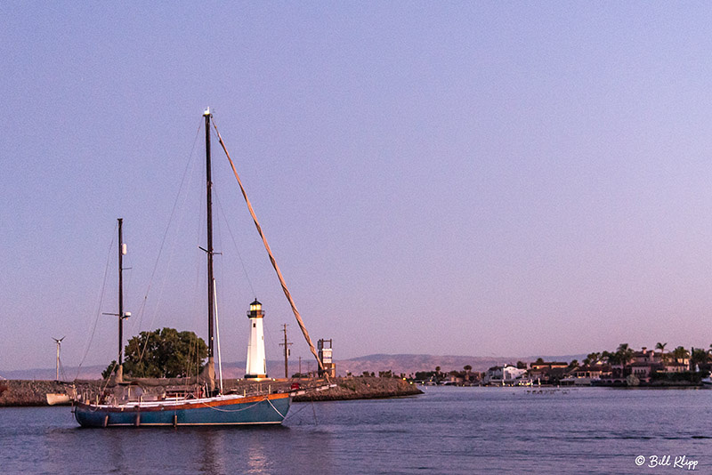 Sailboat at Discovery Bay Lighthouse, Photos by Bill Klipp